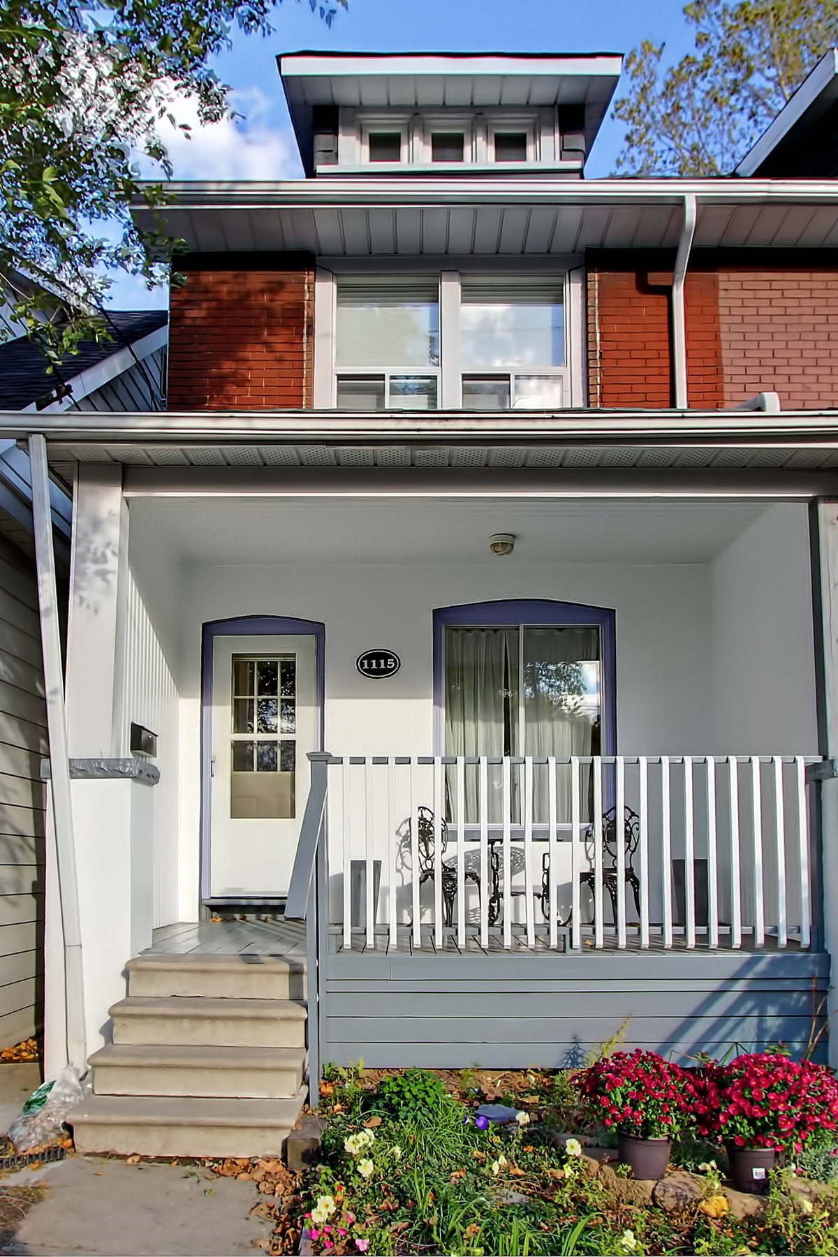 SOLD: 1115 Woodbine Ave.