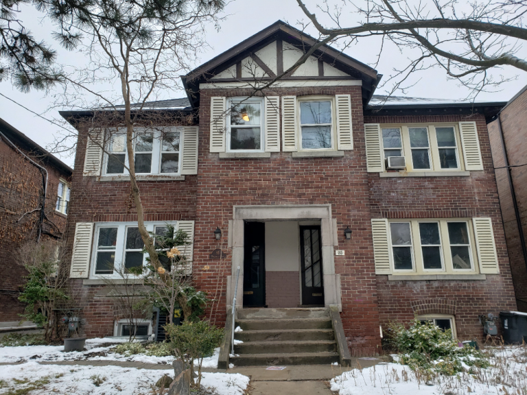 Just Listed: 95 Hillsdale Ave E